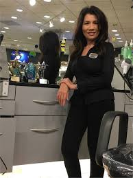 let s just get it out there right away christine le is a hairdresser and makes more than 600 000 a year