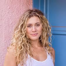 Ashley Lorenzo | The Travel Yogi