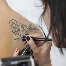 визуальный аромат или приятно пахнущие рисунки на коже Funtattooru