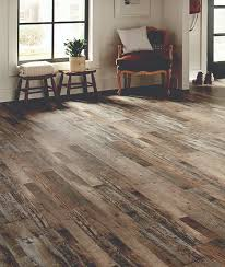 ashton pinewood