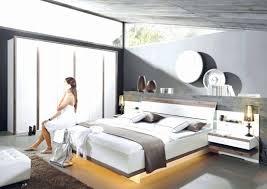 Kleines Schlafzimmer Bett An Wand Luxus Schlafzimmer Dekorieren 55