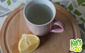 citroen met water op nuchtere maag