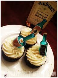 cupcake rehab cupcahab jack daniel s honey whiskey prohibition cupcakes with jack daniel s tennessee honey italian meringue ercream