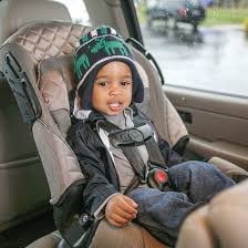 toddler learn to love his car seat