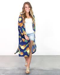 海外セレブのような女性の服装夏のレディースファッションコーデ Suwai