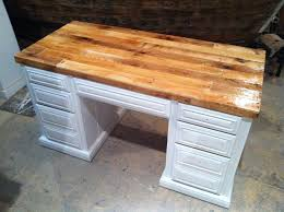 Pallet Wood DIY desk top. Great project for a reclaimed piece of pallet  furniture.