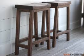 How To Build A Counter Height Bar Stool With Curved Seat For 10 Build Your Own Bar Stools O41