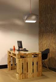 office desk europalets endsdiy. Reciclaje Total. Un Escritorio De Pallets Funcional Y Una Lámpara Papel. Office Desk Europalets Endsdiy N