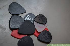 How To Choose Guitar Picks 8 Steps With Pictures Wikihow