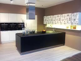 Stunning Moderne Kochinsel s House Design Ideas