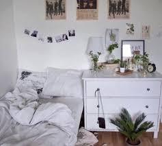 Bedroom White Bedroom Tumblr Cozy 333367info Lift Up Photo 98