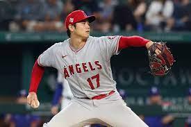 Shohei Ohtani returns to mound, pitches ...