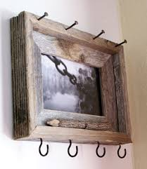 Rustic Key & Sunglasses Holder - I don't much care for the frame itself