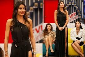 Elisabetta gregoraci (soverato, 8 febbraio 1980) è una showgirl, conduttrice televisiva ed ex modella italiana. Gf Vip 2020 Elisabetta Gregoraci Nella Puntata 13 In Nero Indossa Maxi Spacco E Rossetto Rosso