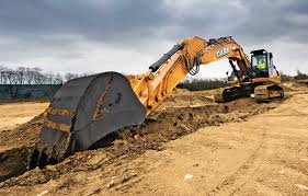 Twelve Manufacturers Size Up Their Excavator Lines Utility