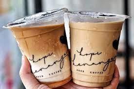Resep es kopi susu 1 liter kekinian. 7 Merek Es Kopi Susu Terkenal Di Jakarta Mana Favoritmu Halaman All Kompas Com