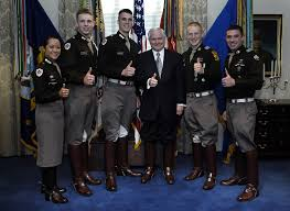 Texas A M Corps Of Cadets File Secretary Of Defense Robert Gates And Members Of Texas A M