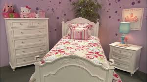 Crystal Youth Bedroom Traditional Bedroom
