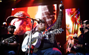 Luke Combs Lands Second Country Airplay 1 In Australia