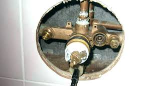 leaking delta shower faucet how to fix a delta shower faucet delta monitor shower faucet repair