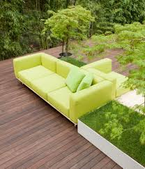 bench design by bestetti ociati for paola lenti