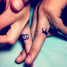 40 King Queen Tattoos That Will Instantly Make Your Relationship