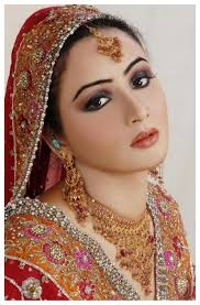 simple bridal look with hot ideas