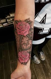 Pin Uživatele Kačka Krejčová Na Nástěnce Tetovani Tetování Růže