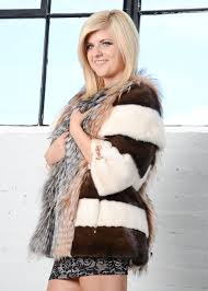 3 ways to choose a quality fur coat wikihow