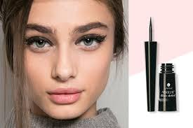 cat eye makeup for thursday