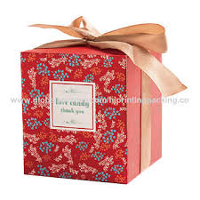 China Luxury Offset Printing Custom Cardboard Folding Gift