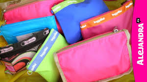 how to organize luggage travel bags