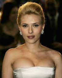 """Scarlett Johansson è cambiata e, nell'intervista pubblicata su """"Io donna"""" spiega che aver interpretato Samantha, la donna di cui Joaquin Phoenix si innamora ... - scarlett-johansson"""