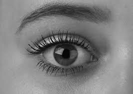 Znalezione obrazy dla zapytania eyes black and white