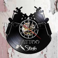 тату студия логотип бизнес знак винтажная виниловая запись стены тату часы салон