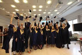 Диплом о высшем образовании билет в будущее или макулатура  Так можно ли однозначно ответить на вопрос нужен ли диплом о высшем образовании Каждый волен решать сам Однако не забывайте что наличие корочек не