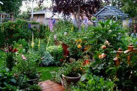 Small Picture cottage garden design pictures on brilliant home design style