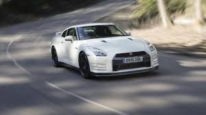 Nissan GT-R Track Edition engineered by Nismo (2016) review by CAR ...