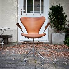 arne jacobsen office chair. buerostuhl_fritz_hansen_braun_front arne jacobsen office chair j