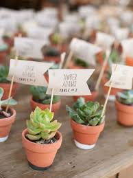 25 Cute and Easy Wedding Favor Ideas