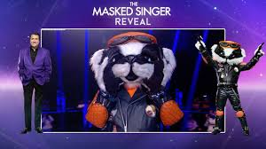 Along with sausage, there is another contestant who has the panel — davina it was clear that badger was male and someone who probably entertains for a living. Ne Yo Is Badger Season 2 Final Reveal The Masked Singer Uk Youtube