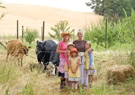 farmgirls from maryjanefarms with maryjane ers victoria
