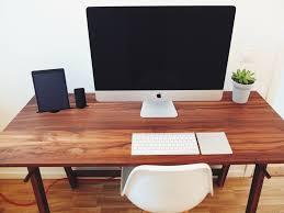 Minimalist Best Computer Desk