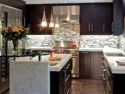 Faszinierend Badezimmer Farben Plus Entzückende Ideen Küche Ecke