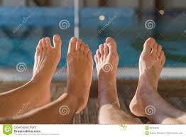 ноги парня и девушки фото