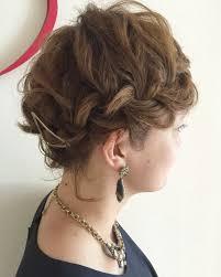 自分でアップヘアスタイルに華やかだけどセルフで簡単な髪型特集 With