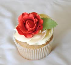 Leanne Bakes Flowers And Wedding Cupcakes