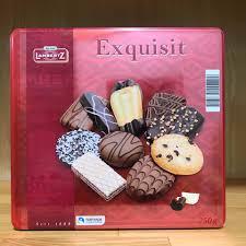 Học bà nội trợ đảm bày 6 loại bánh kẹo đa dạng của Đức ngon hết ý đãi khách  ngày Tết
