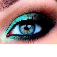 you can also try subtle shades caramel light chocolate brown or even khaki to highlight your eyes it is better to use these shades during the day so that