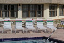 differences between old and new vinyl straps on outdoor aluminum patio furniture
